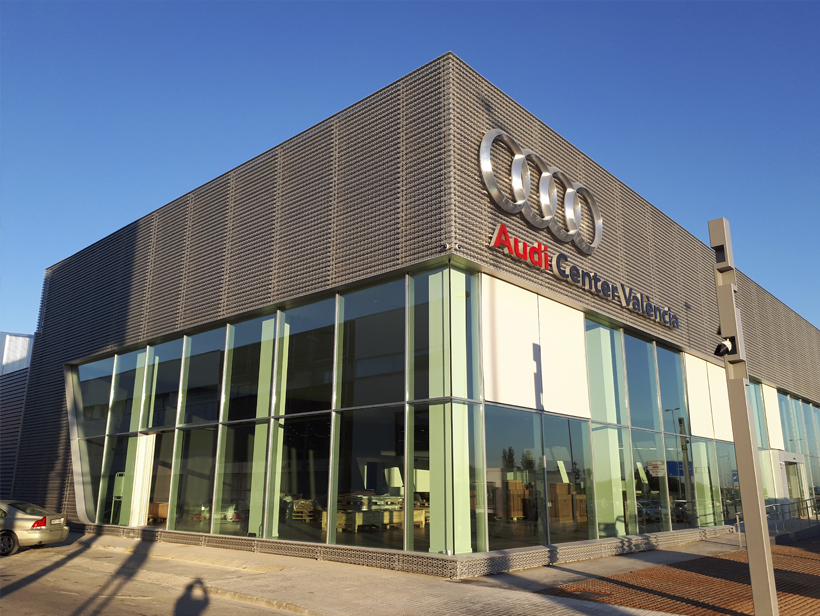 Fachada Audi center Valencia