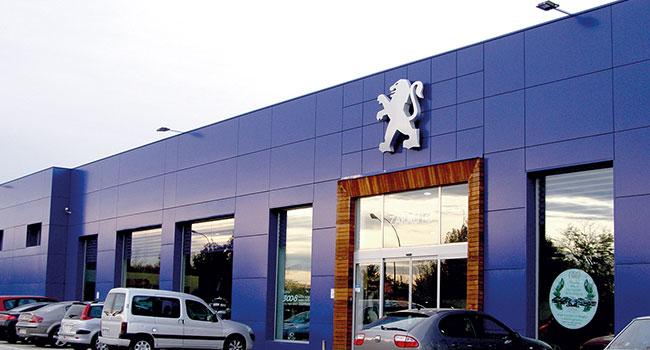 Rehabilitación nave Peugeot
